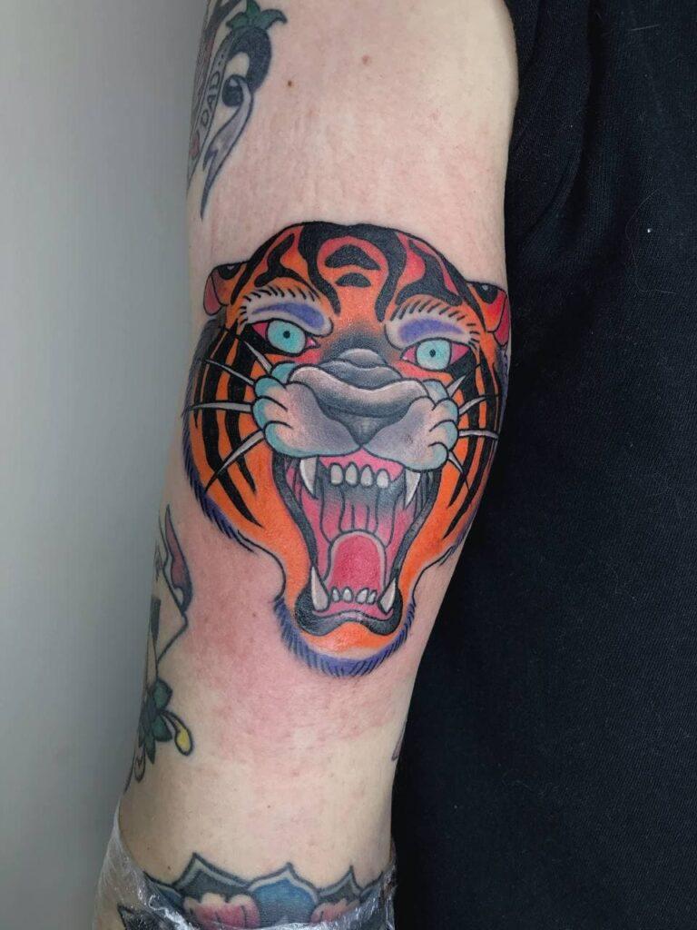 татуировка изображение тигра от мастера Паши - ТатуКлубБай г. Минск.