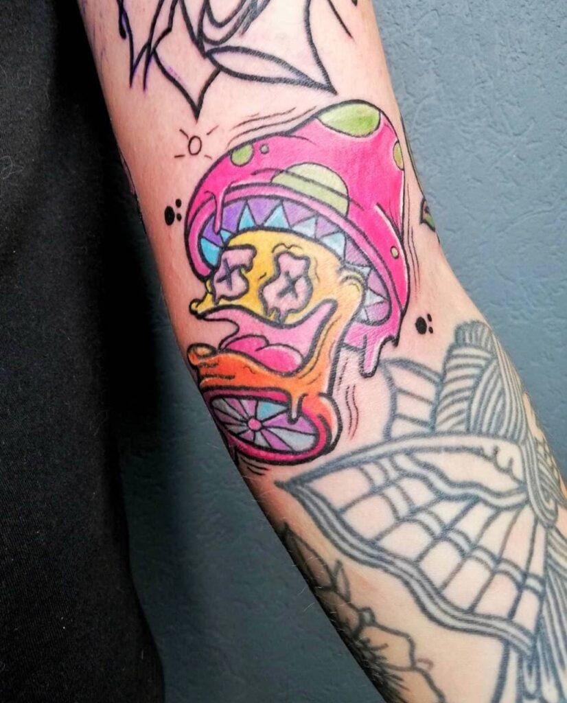 татуировка в кислотном стиле от мастера Паши - ТатуКлубБай г. Минск.