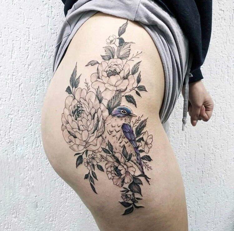 татуировка птица и цветы от мастера Юли - ТатуКлубБай г. Минск.