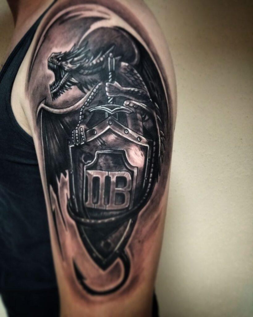 татуировка герб от мастера Александра - ТатуКлубБай г. Минск.